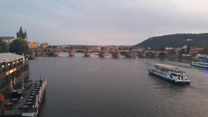 Praga por Fernanda Prats @pratserie