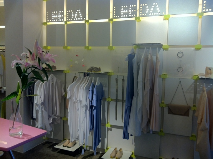 Prague Fashion - Leeda store @pratserie
