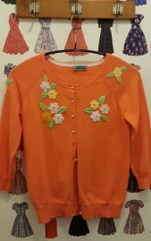 Vintage style cardigan em bordados Lazy Eye shop Prague @pratserie