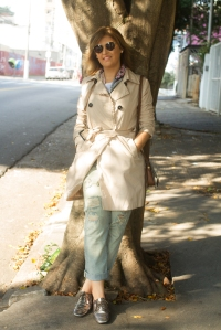 Clássico trench coat bege