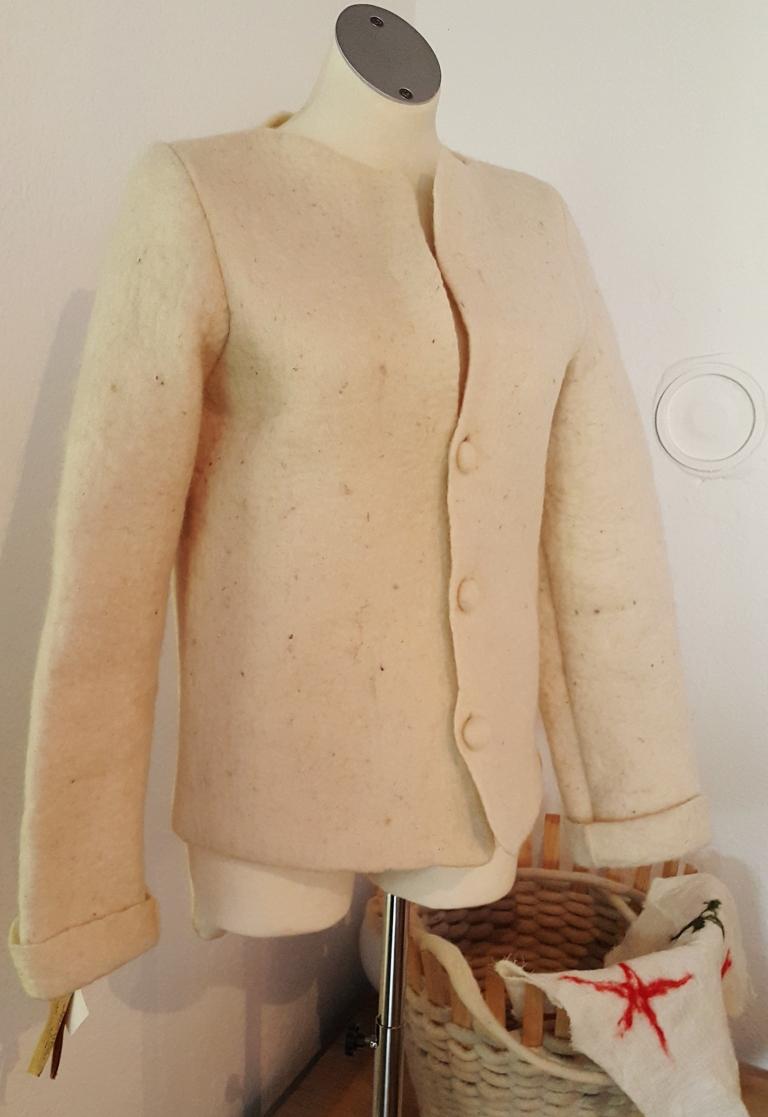 Jaqueta de lã Achados de Fernanda Prats em Liubliana , Slovênia