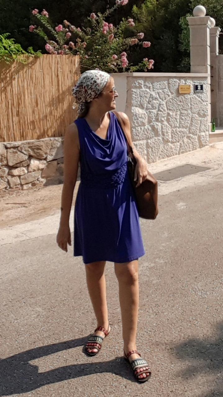Fernanda Prats - blue dress accessories @pratserie