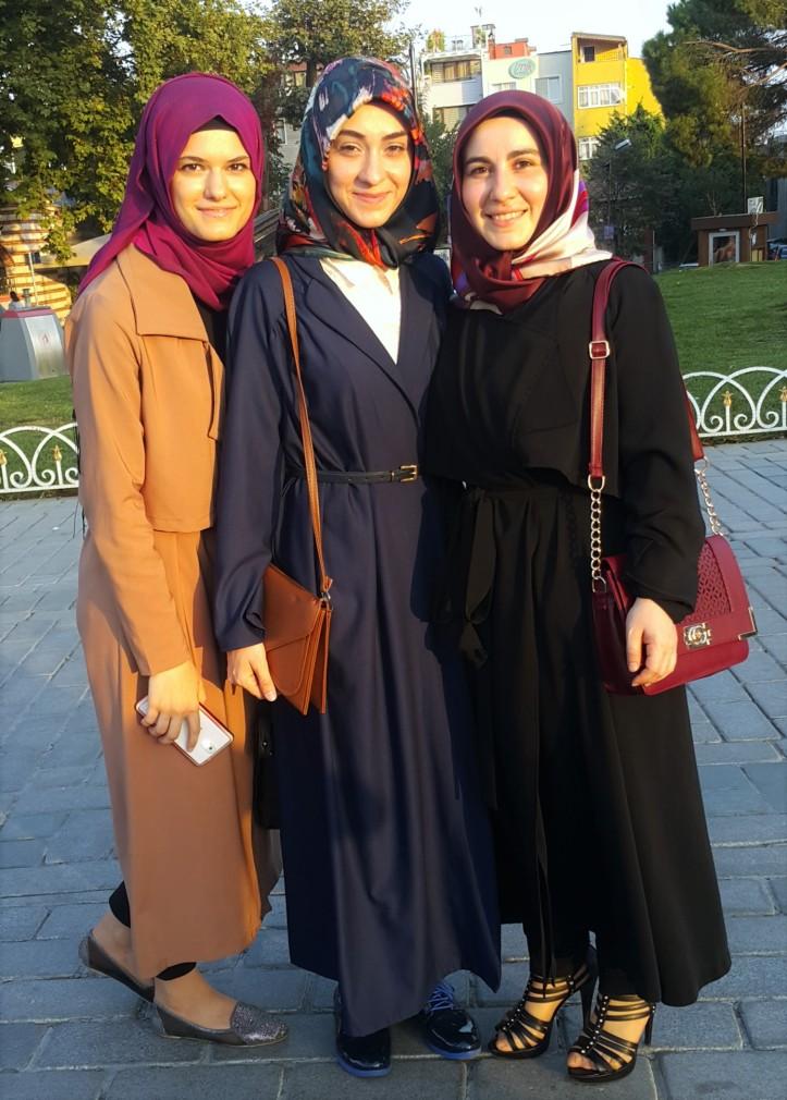 hijab girls in Istanbul @pratserie