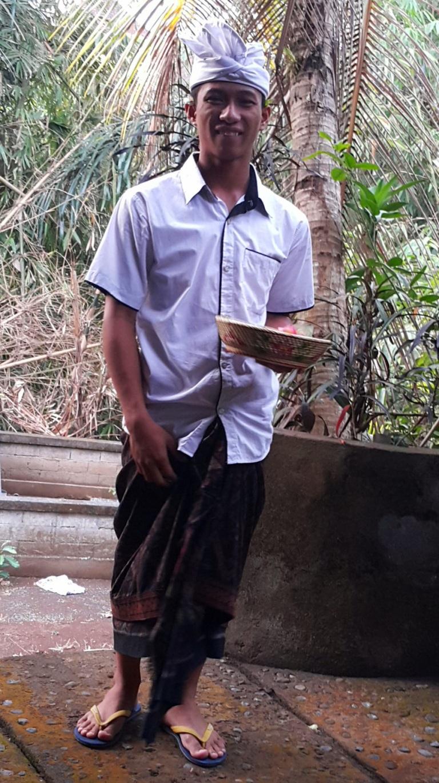 Curiosidades Bali traje típico masculino @pratserie