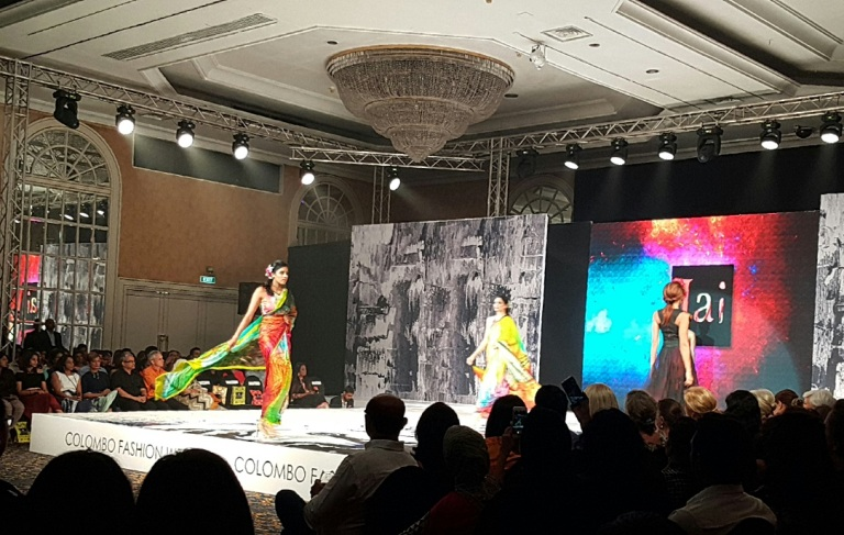 Moda do Sri Lanka na passarela da Colombo Fashion Week