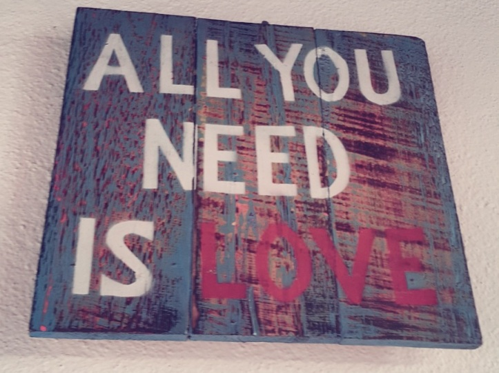 all_you_need_is_love_pratserie