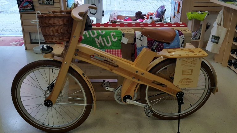wooden-bike-slovenian-design