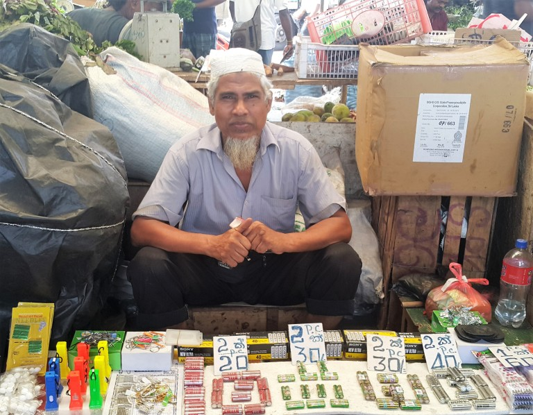tuktuk-sri-lanka-pratserie-blog-2