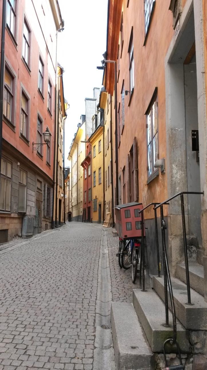 Narrow street - Stockholm @pratserie