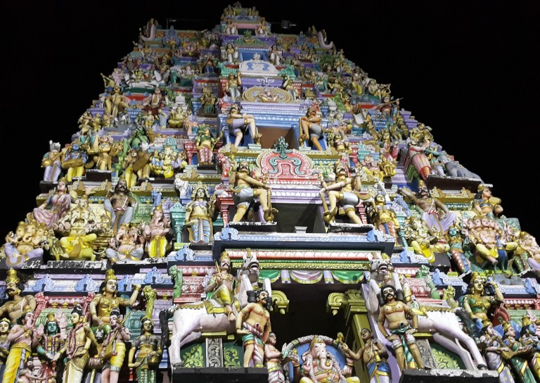 Hindu-Temple-Colombo-Sri Lanka-by- Fernanda Prats-pratserie-blog.jpg