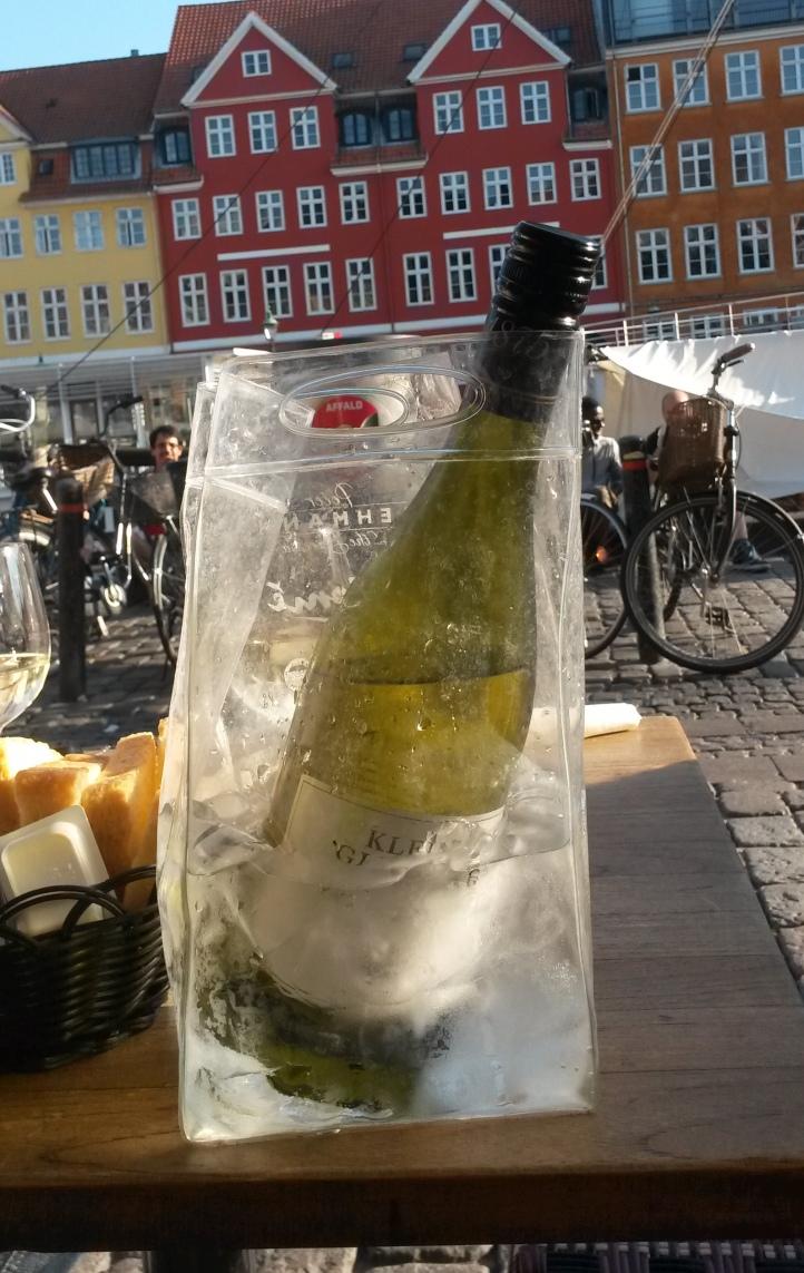 Transparent champagne ice bucket - Copenhagen @pratserie