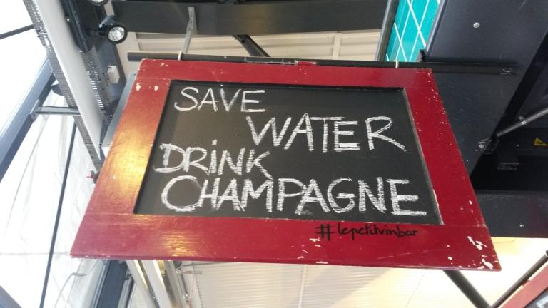 DYI Save water drink champagne - Copenhagen @pratserie