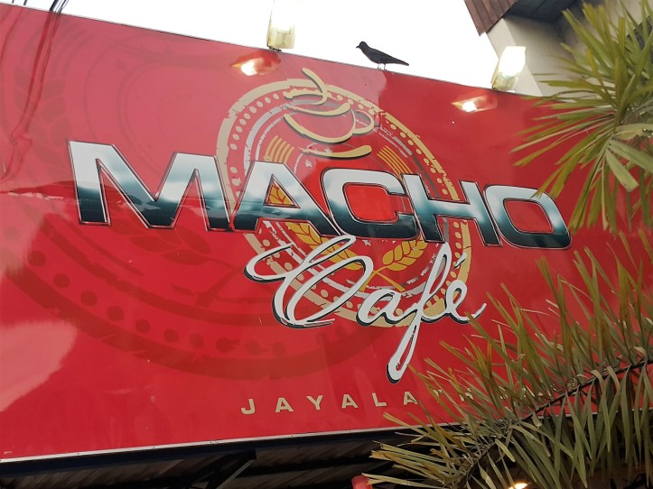 Macho Café Sri Lanka (fachada)