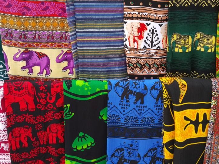elephant prints - collorful fabrics @pratserie