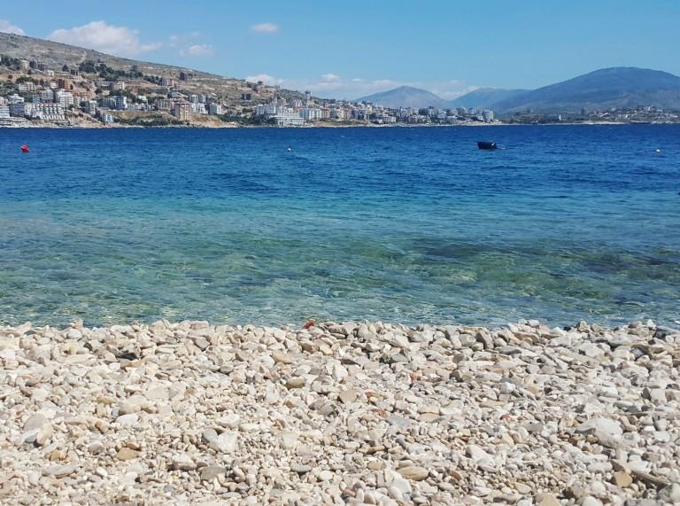 Mar cristalino na Riviera Albanesa @pratserie