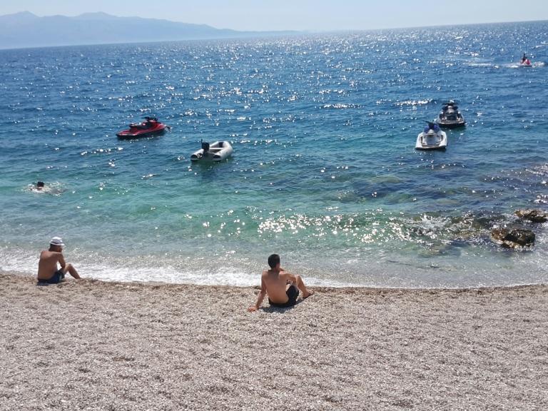 A belíssima Mango Beach em Saranda, Albania