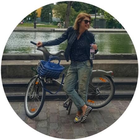 Fernanda Prats - bike - Paris @pratserie