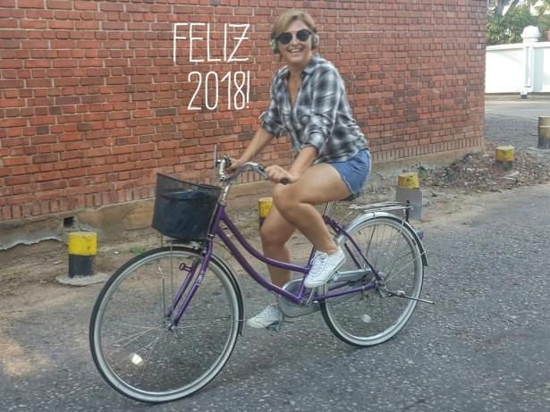 Fernanda Prats - bike - Sri Lanka @pratserie