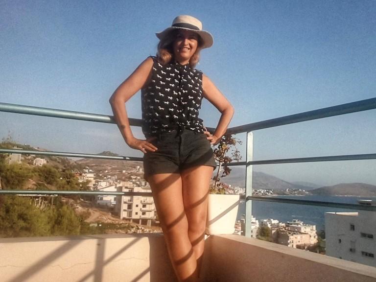 Fernanda Prars in Saranda, Albania @pratserie