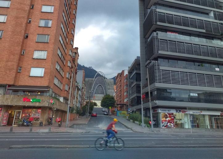 Biking in Bogota, Colombia @pratserie